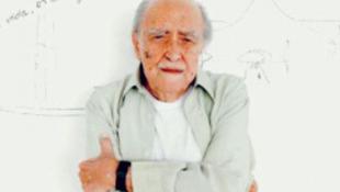 Ismét megműtötték a 101 éves legendát
