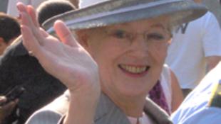 Koldussá vált a dán királynő