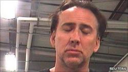 Nicholas Cage rendőrégi fotója, a letartóztatás napján (Forrás: bbc.co.uk)