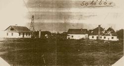 Régi fotó a haláltáborról