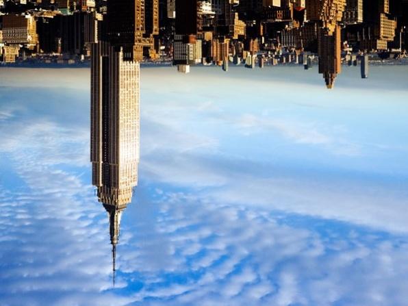 Képzeljük mellé a számítógépes effekteket és a zuhanó Empire State Building-et