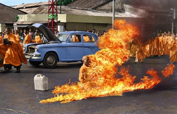 Malcolm Brown Pulitzer-díjas képe Thich Quang Duc öngyilkosságáról