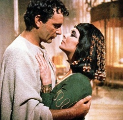 Burton és Taylor a Cleopatra című filmben