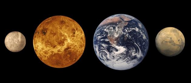 Naprendszerünk kőzetbolygói, a Merkúr, a Vénusz, a Föld és a Mars méretarányos ábrázolása