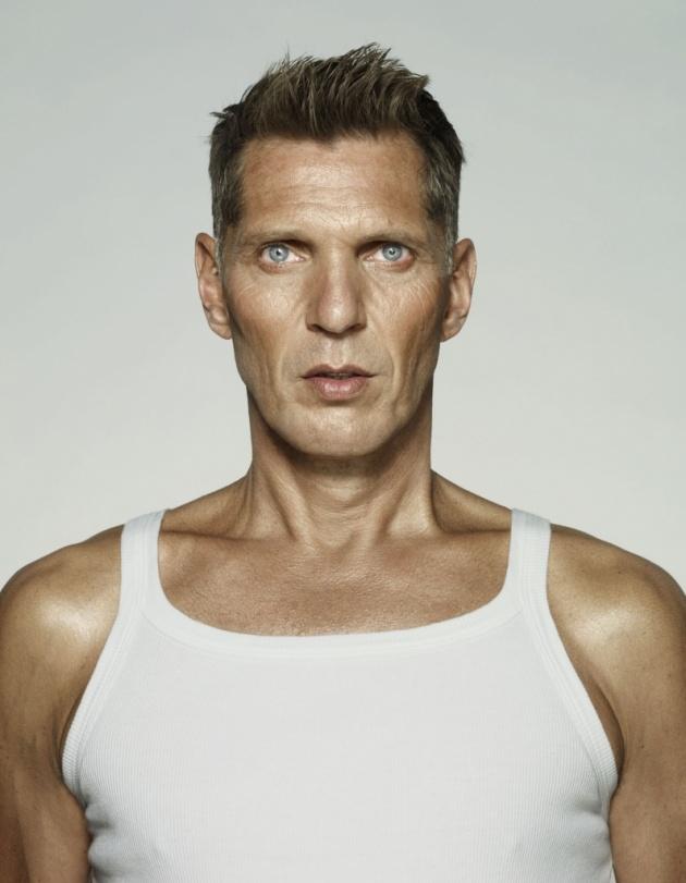 Erwin Olaf: I am (forrás: erwinolaf.com)