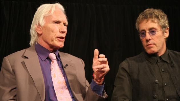 A producer Chris Stamp és Roger Daltrey, a the Who énekese
