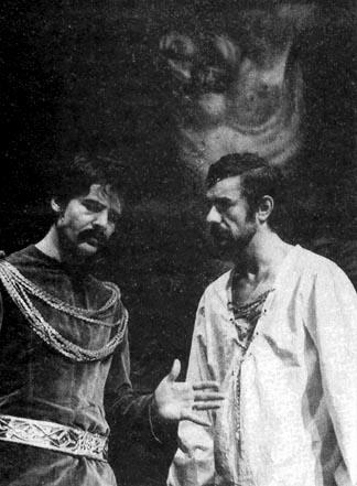 Galán Géza és Csendes László az Isten, császár, paraszt című darabban (Fotó: mek.oszk.hu)