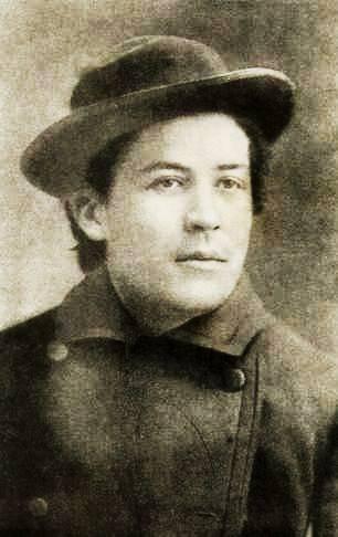 A fiatal Anton