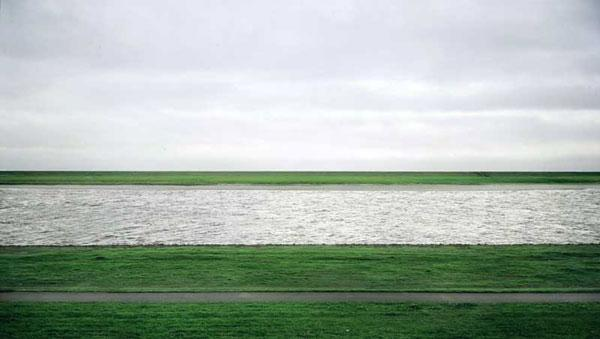 Andreas Gursky: Rhein II.