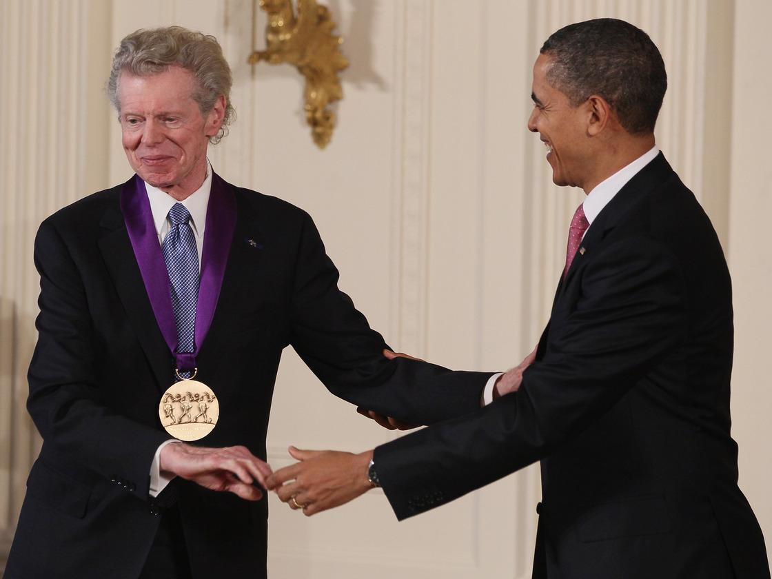 Van Cliburn a Nemzeti Művészeti Medált veszi át Barack Obamától (Fotó: npr.org)