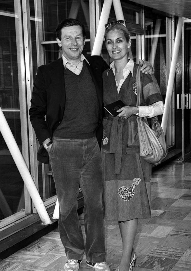 Patrick Garland és Alexandra Bastedo (Fotó: london24.com)
