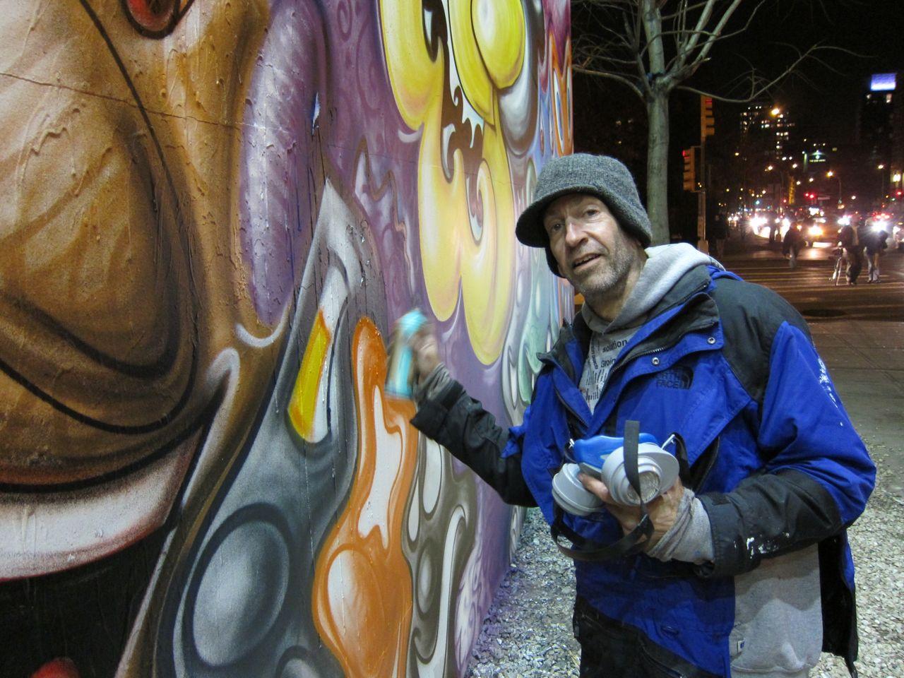 Kenny Scharf munka közben