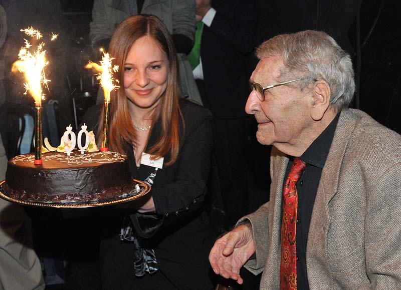 Bárdy Györgyöt 90. születésnapján köszöntik (Fotó: vigszinhaz.hu)