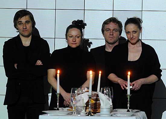 Részlet az Illúziók című darabból (Fotó: portal.debrecen.hu)