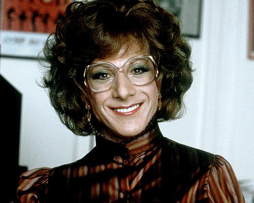 Dustin Hoffman Dorothy Michaels szerepében az Aranyoskám című filmben