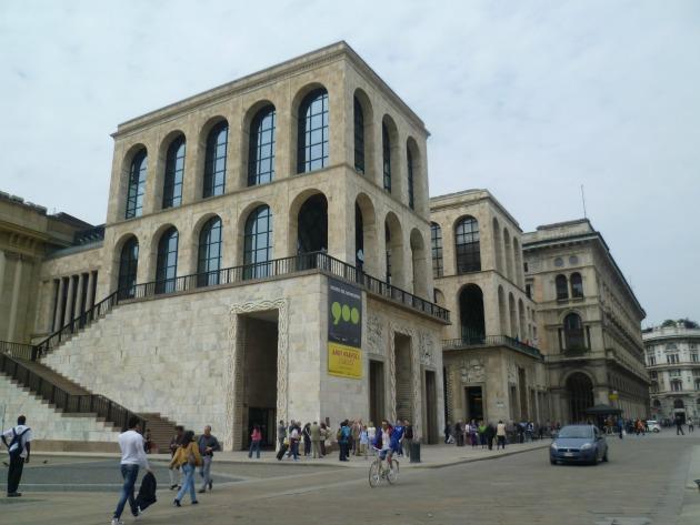 Museo del Novecento Milánóban - Andy Warhol's Stardust kiállítás