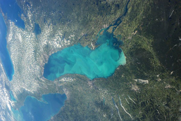 A virágzó Ontario-tó (Fotó: Hirado.hu/NASA/ISS)