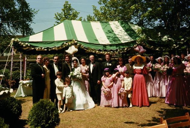 A családi esküvő (Fotó: Steve Schapiro, forrás: huffingtonpost.com)