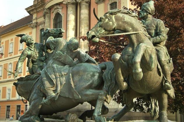 Eger - Végvári vitézek szobor (MTI Fotó: Jászai Csaba)