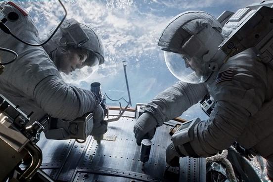 Sanra Bullock és George Clooney a Gravity-ben