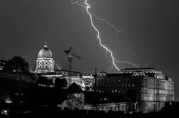 Budavári Palota (Szerző: Oliver Huber, forrás: Wikimédia Commons)