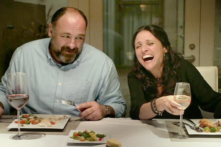 James Gandolfini és Julia Louis-Dreyfus a fesztivált nyitó Exek és szeretőkben