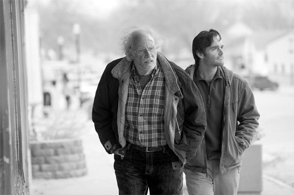 Bruce Dern és Will Forte a Nebraskában (Fotó: firstshowing.net)