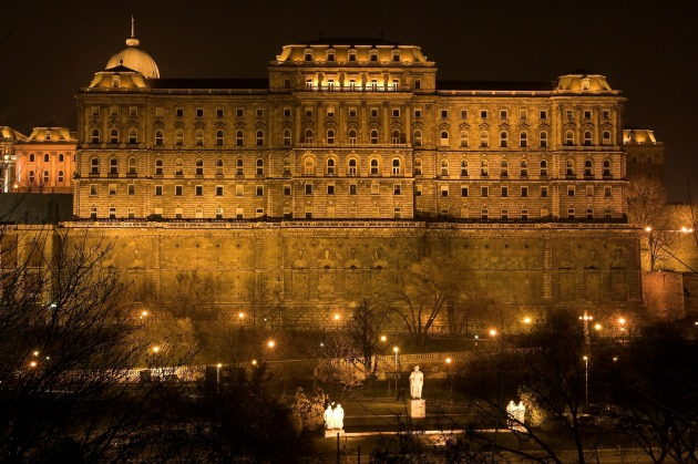 Országos Széchenyi Könyvtár (Fotó: hu.wikipedia.org)