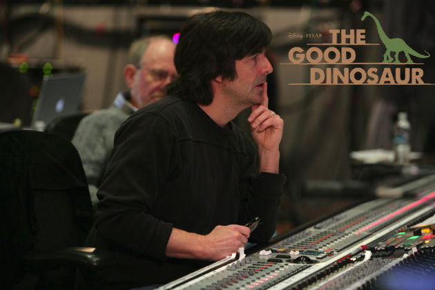 Thomas Newman, a Jó dinoszaurusz zeneszerzője munka közben (Fotó: a113animation.com)
