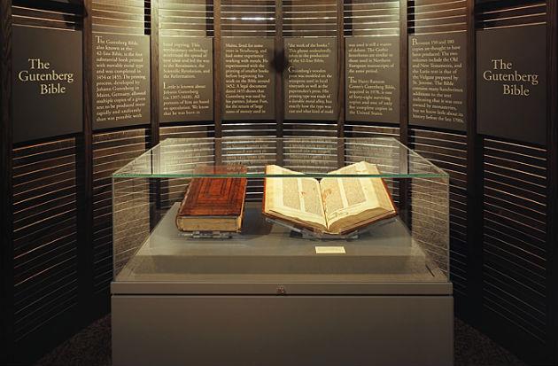 Gutenberg Biblia (Fotó: hrc.utexas.edu)
