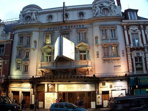 A baleset helyszíne, a londoni Apollo Színház (Fotó: musicaltheatrenews.com)