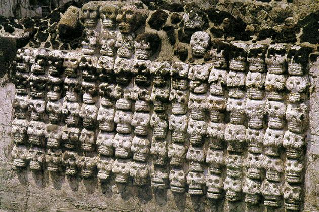 Illusztráció: azték koponyaoltár ( clio.missouristate.edu )