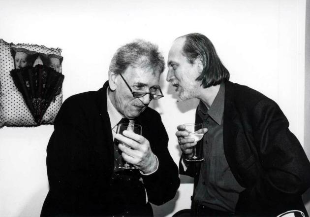 Oskar Pastior erdélyi szász költővel Berlinben, 1988-ban (Forrás: pim.hu)