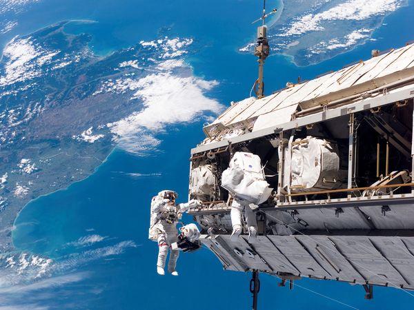 Nemzetközi Űrállomás (Fotó: science.nationalgeographic.com)