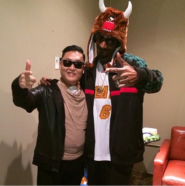 Snoop Dogg és Psy (Fotó: vibe.com)