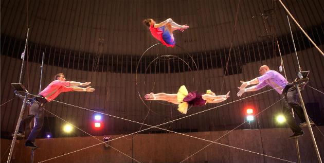 Az Orosz Állami Cirkusz (Roszgoszcirk) előadása