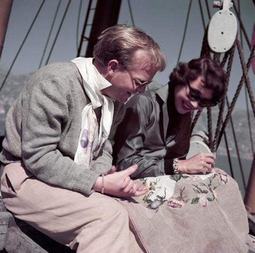 Robert Capa: Truman Capote és Jennifer Jones forgatáson