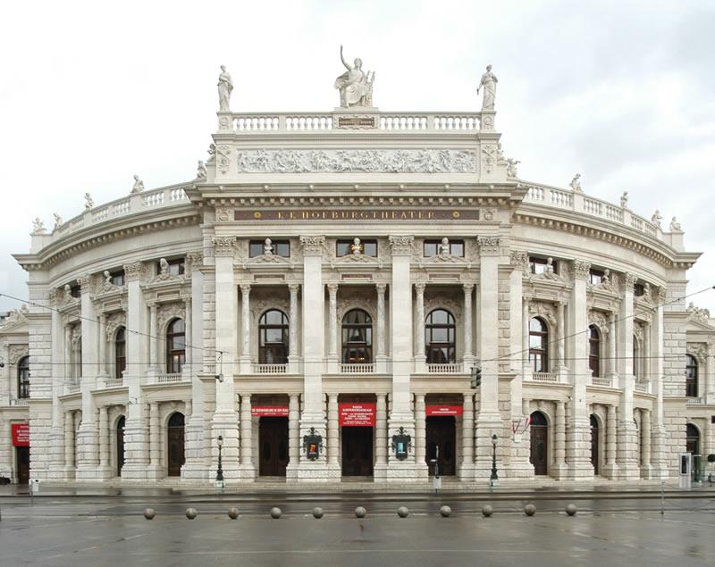 A bécsi Burgtheater (fotó: 168ora.hu)