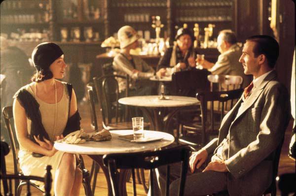 Sors Ádám és Hanna (Ralph Fiennes és Molly Parker) A napfény ízében