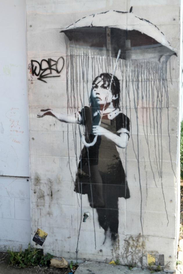 Banksy: Esernyős lány