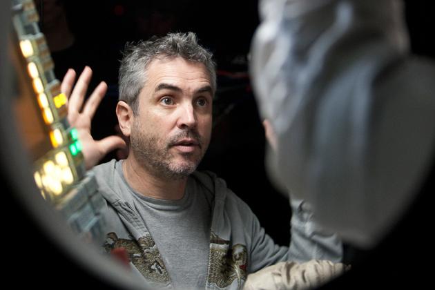 Alfonso Cuarón a Gravity forgatásán (Fotó: screencrush.com)