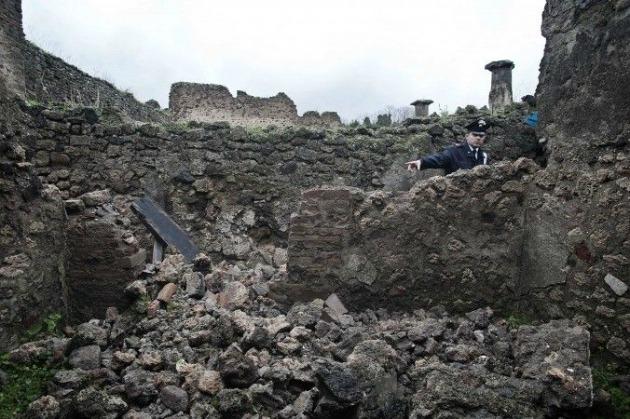 A leomlott fal Pompjeiben (Fotó: sott.net)