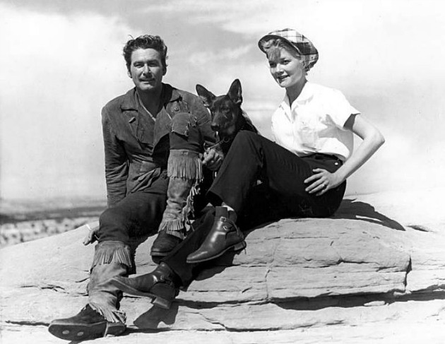 Errol Flynn és Patrice Wymore a Montana című film forgatásán (Fotó: acertaincinema.com)
