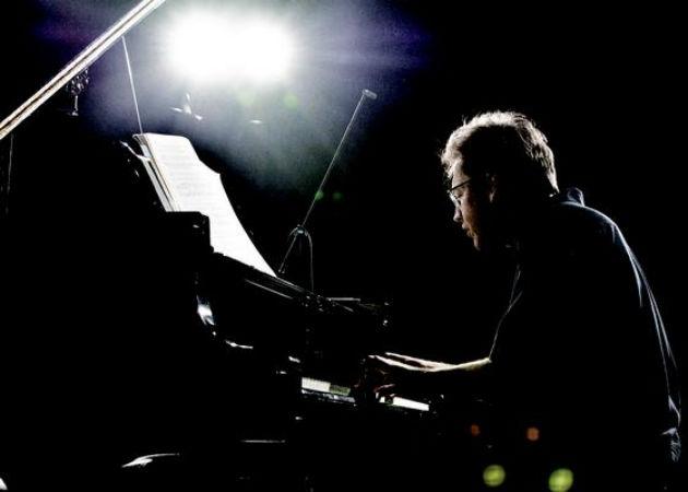 Várjon Dénes (Fotó: Pannon Filharmonikusok)