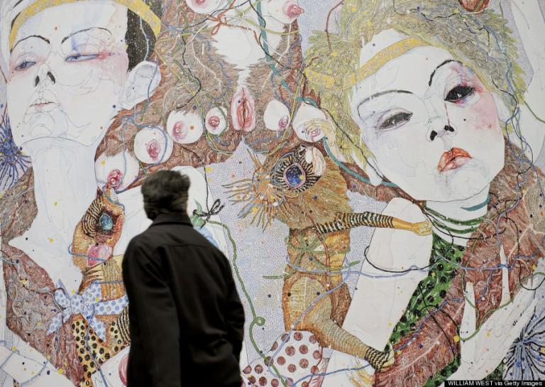 Del Kathryn Barton The Whole of Everything című képe egy melbourne-i bérház oldalfalát díszíti
