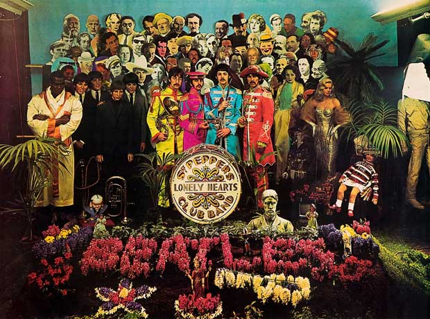 Beatles: Sgt Peppers Lonely Heart Club Band boírtó (Forrás: theartnewspaper.com)