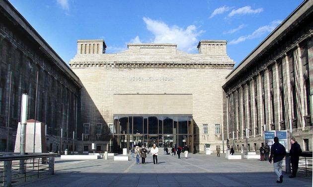 A Pergamon Múzeum bejárata (Fotó: en.wikipedia.org)