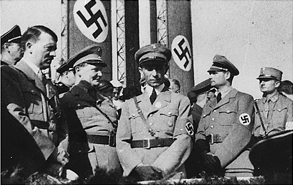 Hitler, Göring, Goebbels és Hess (Fotó: en.wikipedia.org)