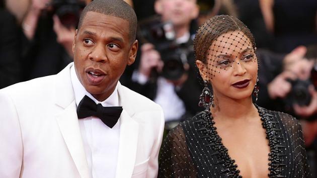 Jay Z és Beyoncé a BET Awards díjkiosztóján (Fotó: zap2it.com)