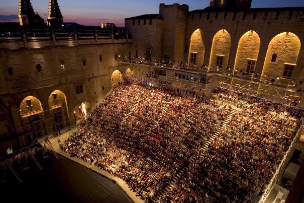 Avignoni Fesztivál (Fotó: eumozaik.hu)